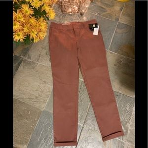 NEW Kut from the kloth sable color pant size 6